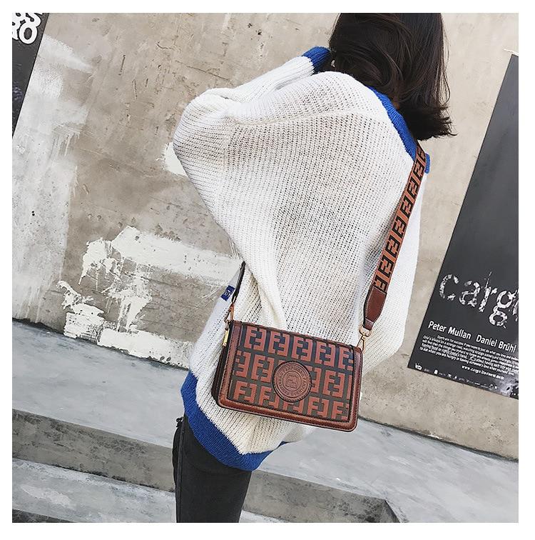 2019 Of The Small Square Fashion Women's vintage Shoulder Bag Shoulder Bag Messenger Bag Mobile Phone Bag Brand original design 12 Online shopping Bangladesh