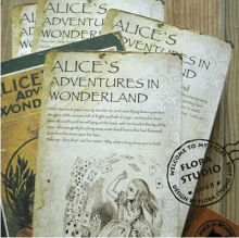 20pcs/lot NEW Vintage style Alice's Adventure in Wonderland post card set//Greeting Card/Christmas gift(China)