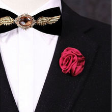YITING Men Jewelry of Silk Flower Brooches Rose Cluster Floral Men Lapel Pins for Suits(China)