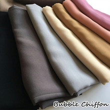 Hot sale bubble chiffon solid color scarf Comfortable fashionable ladies scarf Muslim headscarves Independent packing 10pcs/lot