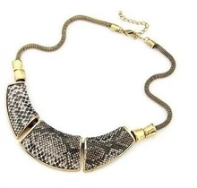 XL053 Free shipping (Min order $9 mix) wholesale Jewelry Fashion Geometry montage Snake Skin Vintage Necklace