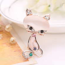 Starry-StylingWomen Flower Cat Rhinestone Scarf Buckle Brooch Pins for Silk Scarves Clip Fashion Jewelry Delicate