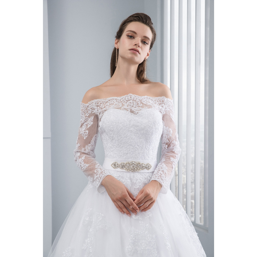Lover Kiss Wedding Dresses Princess Lace Bridal Bride Gowns with veil robe de mariage Luxury Vintage Long Sleeves off Shoulder 5