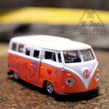 1:64 Alloy car model city traffic series Volkswagen Bus school bus Children like the gift Family Collection Decoration car(China)