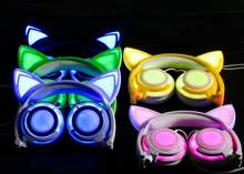 by dhl 20pcs Foldable Flashing Glowing Cat Ear Headphones Wired Video Gaming Headset Hifi Stereo Mp3 Music Player Earphone