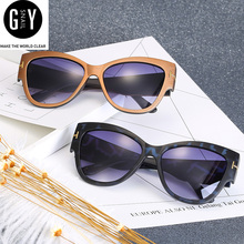 GYSnail 2017 Fashion Hot Sale retro fashion Sunglasses Women Brand Designer Sunglasses Classic Shades lively UV400(China)