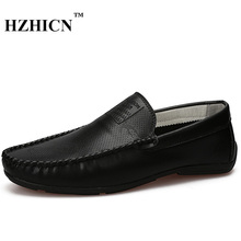 HZHICN Brand Fashion Summer Style Soft Moccasins Men Loafers High Quality Leather Shoes Men Flats Gommino Driving Shoes 9.5(China)