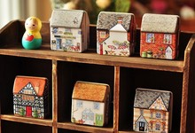1pc Mini lucky tin box house painted small tin storage box jewelry box relief stereo small tin kid storage box