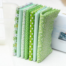 7pcs/lot 25*25cm Green 7 Assorted Pre Cut Fat Quarters Bundle 100% Cotton Quality Fabric
