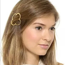 2pcs New Hairpins European Brand Hair AccessoriesSimple Style Metal Four Leaf Clover Barrettes(China)