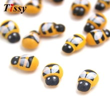 100PCS/Lot Mini Bee Wooden Ladybug Sponge Self-adhesive Stickers Fridge/Wall Sticker Kids Scrapbooking Baby Toys Home Decoration(China)