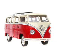 1:24 Diecast Model Car Red Volkswagen VW BUS Model With Sound Doors Openable Kids Toys Boys Gift