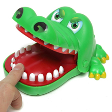 Large Size Bite Hand Crocodile Prank Toys Alligator Biting Finger Family Games Children's Toy Practical Jokes with Gift Box -48(China)