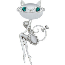 CINDY XIANG 2017 Opal And Rhinestone Wear Sunglasses Cat Brooches  for Women Cute Sexy Cat Pins And Brooches Wedding Accessories