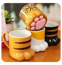 Free shipping PAW-TY Mug Lovely Cat claw Water Cup Novelty Coffee Mug Ceramic Milk Cup Replica drink cup tea Mugs Glass cup