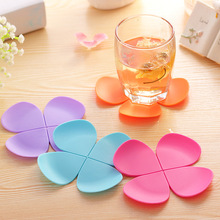 Lucky Silicone Cup mat Cute Colorful Clover Cup Coaster Cup Cushion Holder Drink Cup Placemat Mat Pads Coffee Pad
