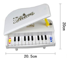 Early childhood music Musical Toys Children's Musical Instrument Piano new high simulation 11 key toy piano