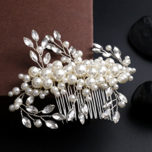 Handmade pearl crystal comb hair ornaments medium bride wedding accessories wholesale(China)