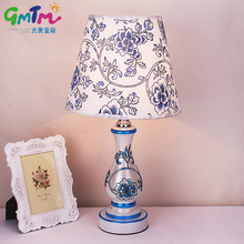 Classical style Blue and White Hardware Table Lamp Hand-Painted Beautiful Flower Night Light For Gift Bedside Bedroom