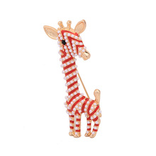 New cute giraffe zinc alloy corsage man-made Pearl Brooch pins Europe and America Fashion female charm jewelry accessories