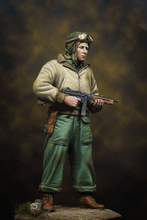 Unpainted Kit   1/16 120mm  US Tanker in WW2 with gun   figure Historical WWII Figure Resin  Kit Free Shipping