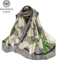 New 2017 Spring And Autumn Printed Silk Scarves Fashion Shawl Ladies Lily Pattern Brand Scarf Silk 3 Color Clothing Accessories