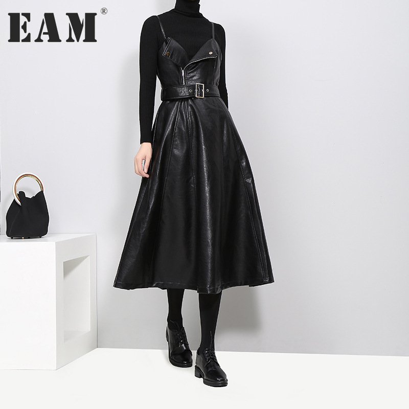 EAM 2018 new spring solid color strapless black PU leather high waist belt zipper loose dress women fashion tide JD032