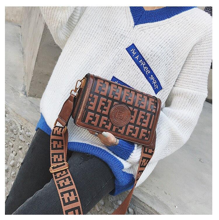 2019 Of The Small Square Fashion Women's vintage Shoulder Bag Shoulder Bag Messenger Bag Mobile Phone Bag Brand original design 15 Online shopping Bangladesh