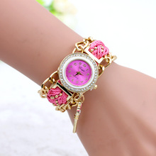 Hand Woven Chain Circle Bangle Bracelet Watches The Key Pendant Hanging Diamond Watches for Women Fashion Table