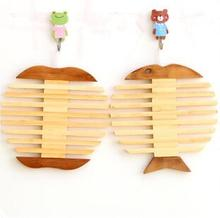 freeshipping 10pcs Creative Wooden Coasters Stylish Green Apple Fish Insulation Against Hot Pot Mat Placemat wholesale(China)