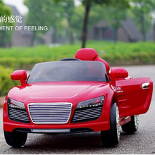 New toys Child electric car for children to ride 4wd R8 on dual battery with remote electric car for kids ride on toys car