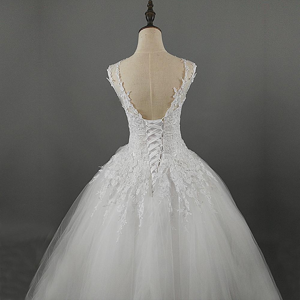 Printsessilikult uhke pulmakleit