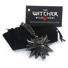 2017 Hot Selling Game Jewelry Witcher 3 Wild Wolf Head Necklace For Men Collier Medallion Wizard Wolf Wild Hunt 3 Figure Game