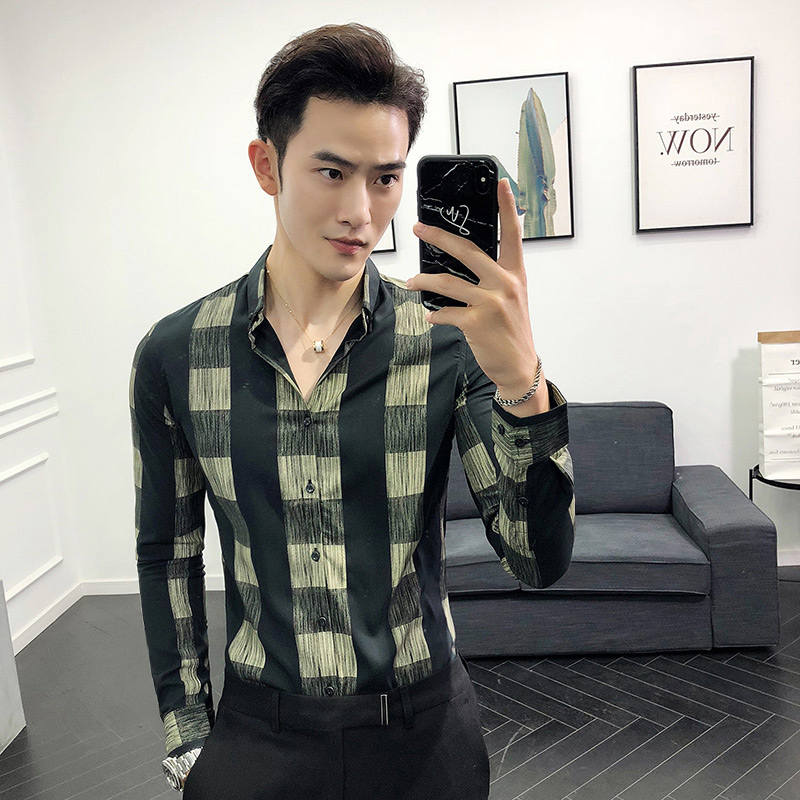 Autumn British style, wild plaid long-sleeved shirt type male Korean version of the handsome trend nightclub shirt