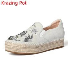 2017 Superstar Cow Suede Bling Embroidery Crystal Round Toe Chinese Style Wedges Sneaker Med Heel Women Straw Casual Shoes L73(China)