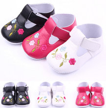 Fashion Pu embroidered roses baby shoes first step neonatal soft soles baby bed shoes baby girl princess shoes