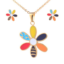 New Arrival Gold Color Stainless Steel Jewelry Set High Quality Earrings and Pendant WWF004
