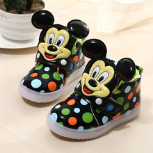 New Fashion Children Shoes With Flash Light Boys Shoes Autumn Winter Breathable Girls Cartoon Sneakers Kids Led Kids Sport Shoe(China)