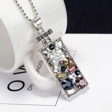 New Design Colorful Rhinestone Necklace Pendant Perfume Bottle Necklace For Women Exquisite Jewelry Sweater chain Nc044