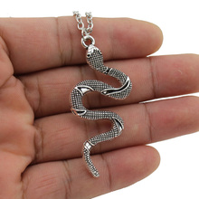 "[$5 Minimum]2017 New Women Jewelry Vintage Silver Tone 2""X1"" Cute Snake Pendant Short Necklace DY153 Free Shipping"