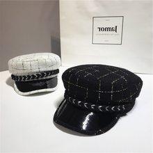 2019 primavera Do Vintage Tweed Botão Xadrez Chapéu Para As Mulheres Cap Militar  Chapéu Casquette Gorras Snapback Caps Feminino . a8ccd47b144