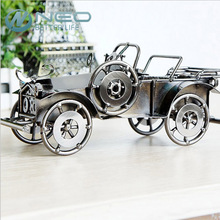 "NEO 19cm(7.4"") Metal Old Car Figurine Gran Torino Vintage Vehicle Statue Runabout Handmade Car Model Gift Home Office Decor"