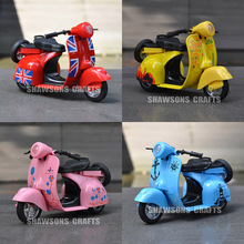 1:14 DIECAST MOTORCYCLE MODEL TOYS PULL BACK SCOOTER VESPA W/ SOUND & LIGHT(China)