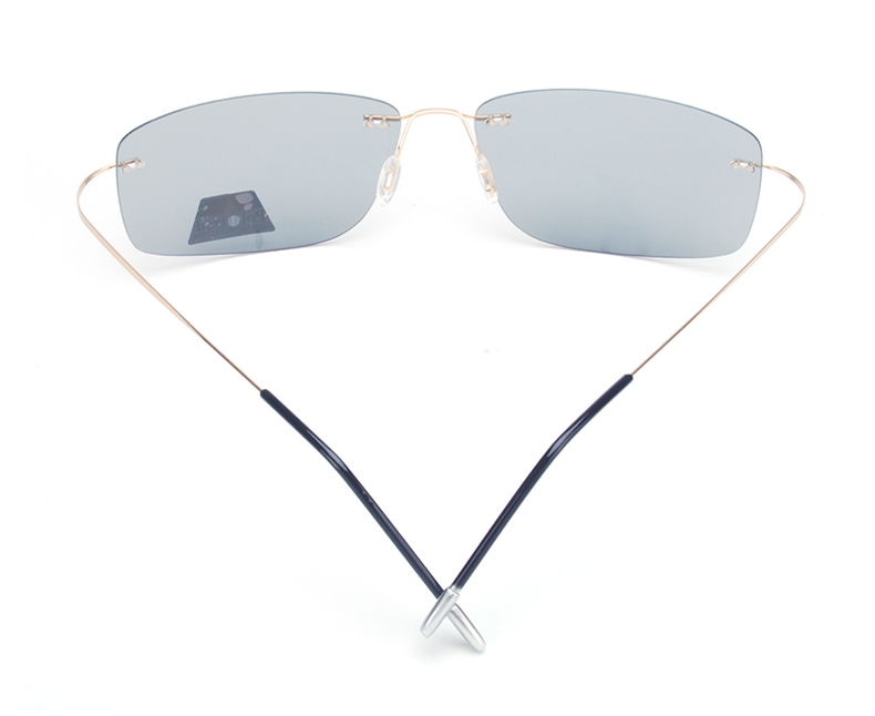 Vazrobe (5s Change Color) Photochromic Sunglasses Men Women Titanium polarized Sun Glasses Chameleon Rimless Anti-glare Driving 4