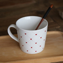 1pcs High Quality Ceramic Cup Simple Ceramic Mug Lovers Gift Coffee Cup Office Tea Cup Coffee Mugs Leisure Bar Supplies 5ZDZ137(China)