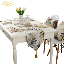 ROMORUS American Style Leaves Table Runners Gold Table Cloth with Tassel Luxury Jacquard Tea Table Flag Home Decoration Hot Sale