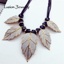 Lusion Jewelry for Women New Arrival Brand Accessories Concise Style Gold Color Leaves Pendant Statement Choker Necklace