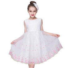 Baby 2017 New Kids Flower Party Dresses For Girl tutu Children's Princess Wedding Gown white pink Girl Dress New Year clothes