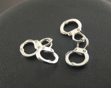 5Pcs Vintage Style Freedom Handcuff Charms Soldered Together 3D Metal Accessories For Jewelry Making A123/A124