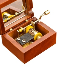 Vintage Wooden Jewelry Musical Box with Mirror 18 Note Wind up Metal Movement Gift for Girls Children New Year Gift(China)